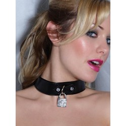 Choker necklace: patent with a small lock