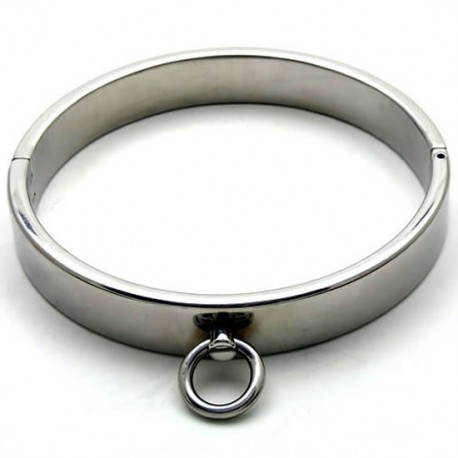 Chrome Domination Submission Collar with allen screw fastening