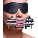 Shut up ! Tongue press - BDSM torture and submission accessory