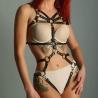 Harnais body en lanières de cuir femme domina SM