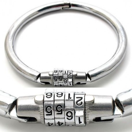Metal BDSM collar with combination lock